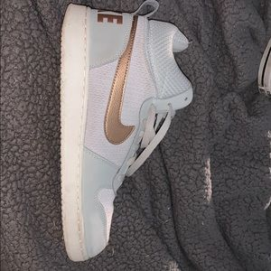 Nike high top shoes (Brand new)